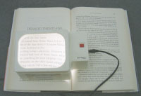 Halogen Illuminated Magnifier